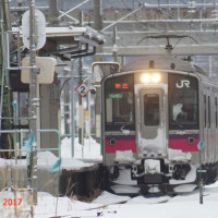 朝のローカル線 701系