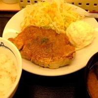 松屋 「厚切りポークソテー定食」