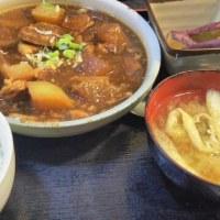 まんぷく食堂 大久保 豚と大根の煮物定食