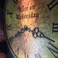 水曜日のアリスへ