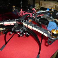 空撮スキッド組み立て ブラシレスジンバル搭載