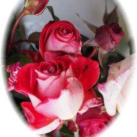 パンフラワーの薔薇と薔薇