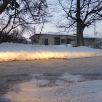 滑りやすい雪