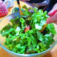 味の素のトスサラ使用シーザーサラダ風