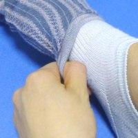 足の肌着インナーソックス