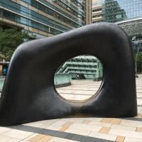 パブリックアート散策・・六本木ミッドタウンの「安田侃」彫刻と遊ぶ