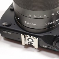 EOS-M2のカメラグリップの交換