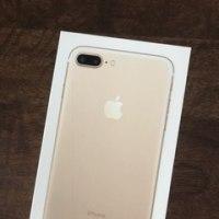 ・・・iphone買いましたっ!