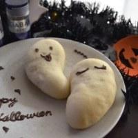 ハロウィンにスパイス香るかぼちゃ餡でおばけパン♪