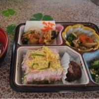 昼食の風景