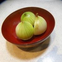 小野なな nanaono   NANAONO ピクルス前の小玉葱