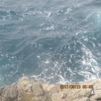 波のせいにしよう。
