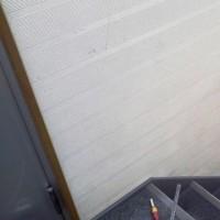 当社の階段にやっと手摺が付きました・・・建築会社のくせに!!