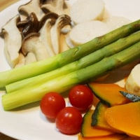 ガーリックアンチョビソースで蒸し野菜