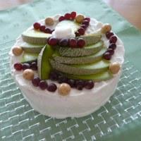 バースデーケーキ♪メロン&デラウエアのケーキ