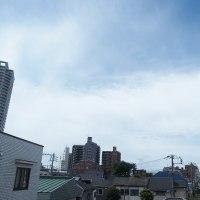 今朝(6月22日)の東京のお天気:晴れ?、6月(後半)の作品:寄り添う二人