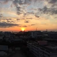雲あるが夕日は見えました。寒いです。