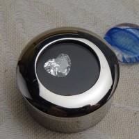 ハートシェイプのダイヤモンドリング