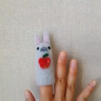 羊毛フェルト教室のお知らせ ~うさぎの指人形~
