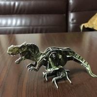 100均の恐竜工作キット
