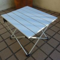 キャンプ用コンパクトテーブルを追加