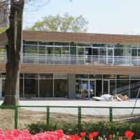 楽書き雑記「名古屋・名城公園にランニングやカフェの施設『tonarino(トナリノ)』27日オープンへ」