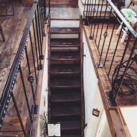 鐵屋+Cafeへの階段 ~新春 鉄の雑貨展~