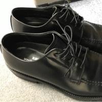 おにゅー革靴