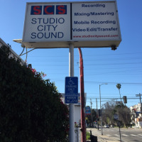 LAのSTUDIO CITY SOUNDにてレコーディング