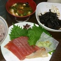 「昨日の晩御飯」!!「マグロ・タイの刺身」!!