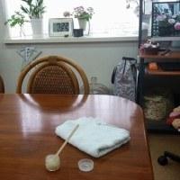 テーブル磨き&ニット教室の作品