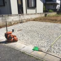 新築現場の 仮の駐車場を 設置する 茨城 取手