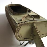 ブリキのボート