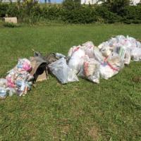 河川敷清掃活動
