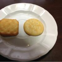 昔の「リッツ」はもう食べられないのねT_T NEWリッツVSルヴァン