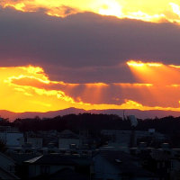 不思議な形?!の夕焼け雲