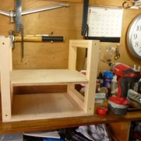 メンテナンステーブル 端材で作りました
