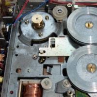 いすゞ117クーペ 用カセット・プレーヤ クラリオン PI-824F