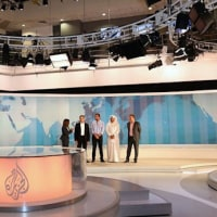 アル・ジャジーラ、アサンジ氏、カタールへの要求に強く反発