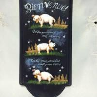 牧羊犬と夜の羊