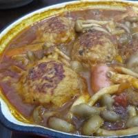 むね肉バーグのトマトソース煮込み、実はとりレバーを煮込んだソース