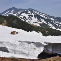 鳥海山  七五三掛まで 標高1.800m          2017.6