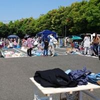 お天気の良い日のフリーマーケット(#^.^#)