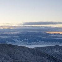 雪景色と富士山?
