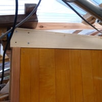 サウナ室壁面への断熱材貼り付け完了