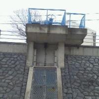 小戸神社から我が家に流れてきている用水路の取水口~絹延橋