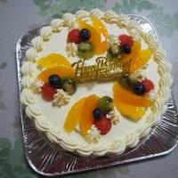 バースデーケーキ…