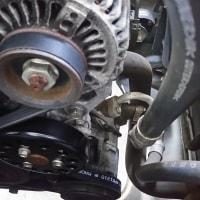 トヨタカローラ、エンジンからギューッと異音がする件の修理