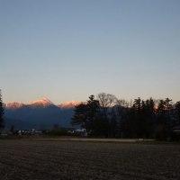 空の色山の色