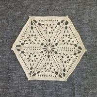 六角形のドイリー